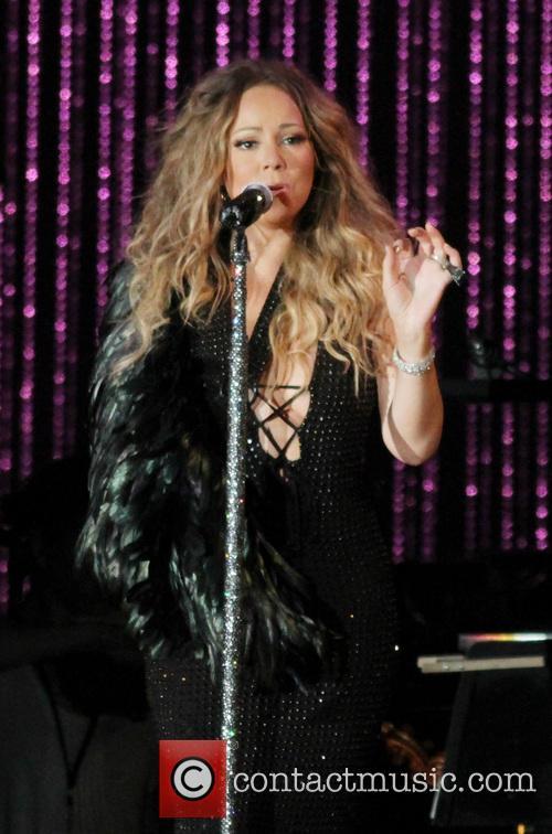 Mariah Carey, MLB Sandy Relief Concert