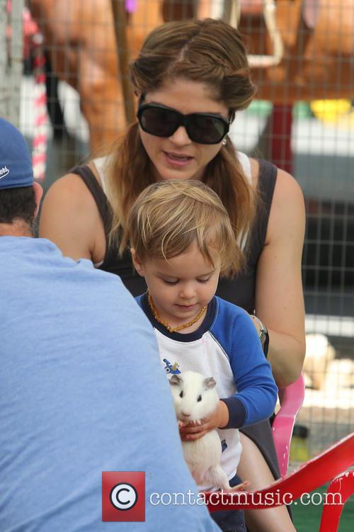 selma blair selma blair with her son 3762290