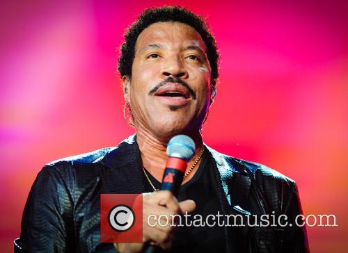 Lionel Richie 39