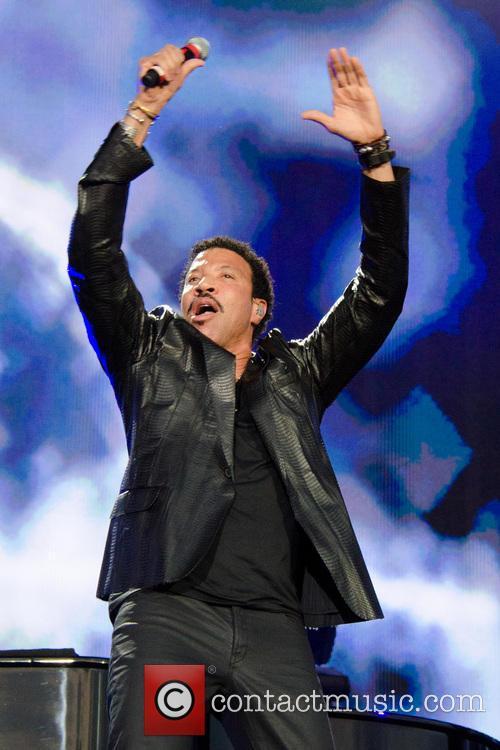 Lionel Richie 49