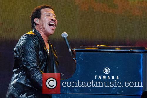 Lionel Richie 52