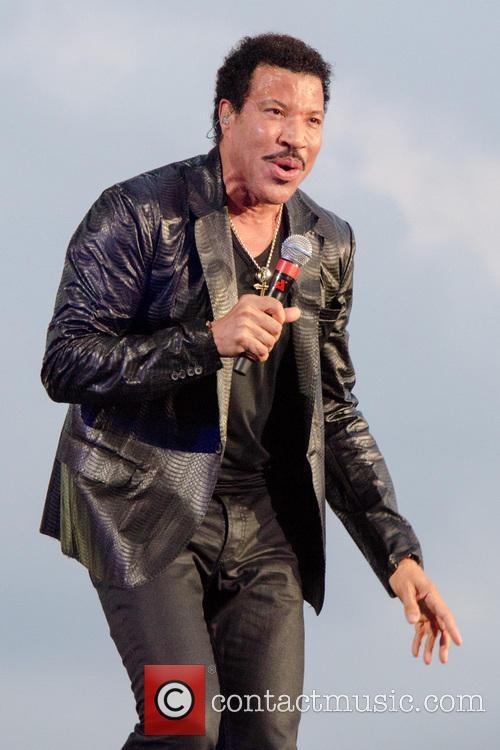 Lionel Richie 56