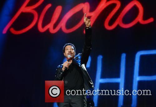 Lionel Richie 33