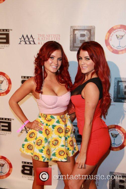 Melissa Howe and Carla Howe 4