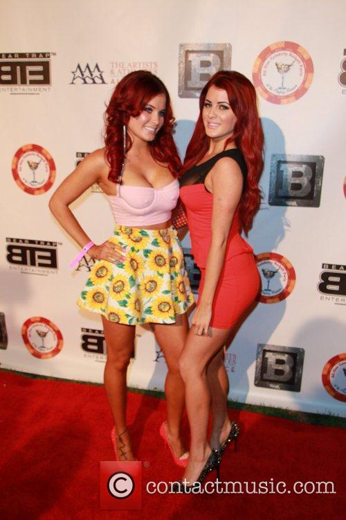 Melissa Howe and Carla Howe 5