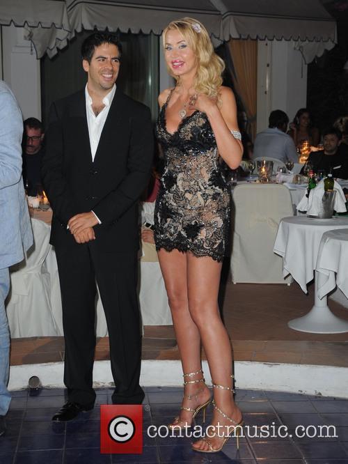 Eli Roth and Valeria Marini 10
