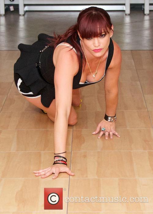 Jessica Sutta Teaches Sutta Strut