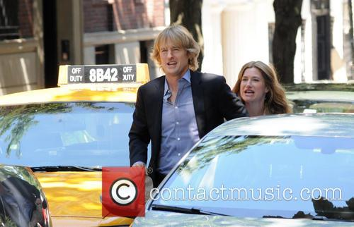 Owen Wilson and Kathryn Hahn 8