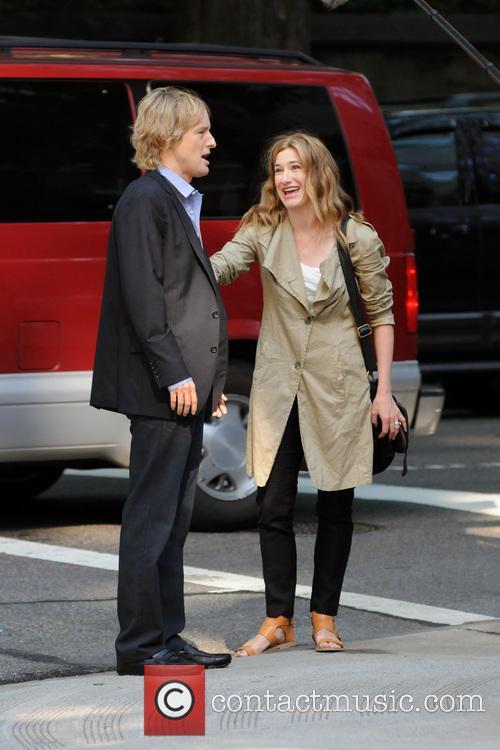 Owen Wilson and Kathryn Hahn 12