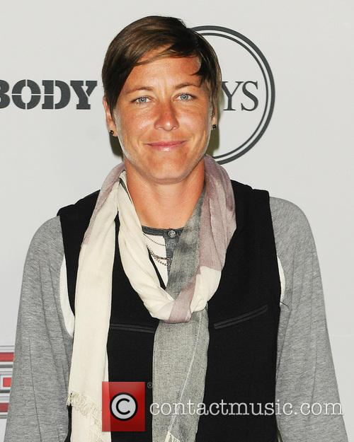 abby wambach espn host a party to 3766508