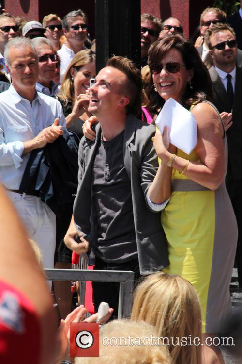 Frankie Muniz and Jane Kaczmarek 5