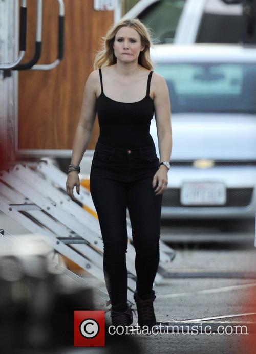 Kristen Bell 30