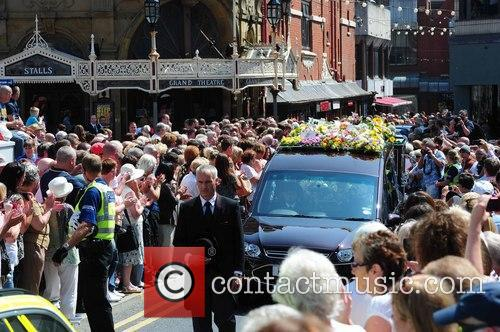 hearse the funeral of bernie nolan 3767018