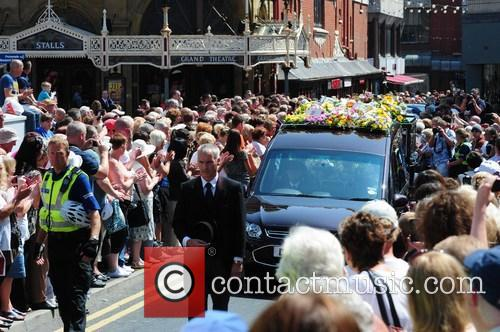 hearse the funeral of bernie nolan 3767019