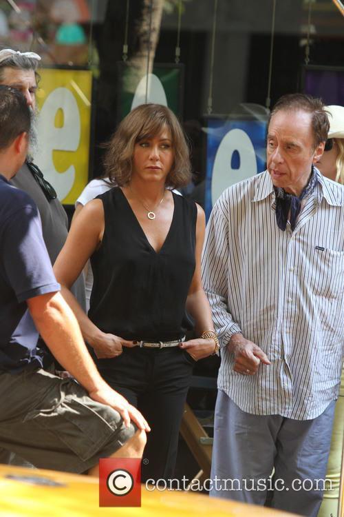 Jennifer Aniston, Peter Bogdanovich, streets