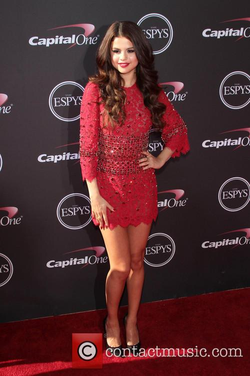Selena Gomez 17