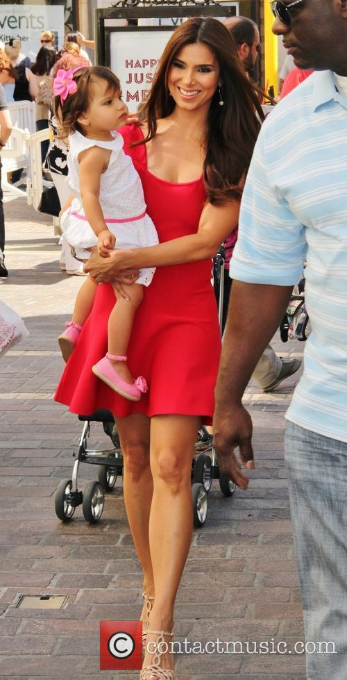 Roselyn Sanchez and Sebella Winter 8