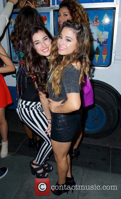 Fifth Harmony, Lauren Jauregui, Ally Brooke Hernandez, Rockefeller Plaza