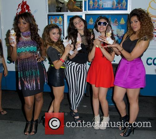 Dinah, Normani Hamilton, Ally Brooke Hernandez, Lauren Jauregui, Camila Cabello and Fifth Harmony 3