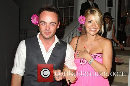 Anthony Mcpartlin and Holly Willoughby 4