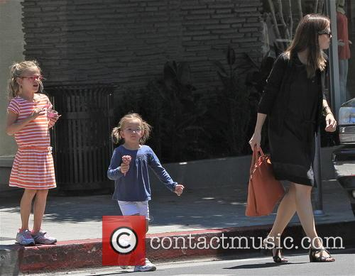 Jennifer Garner, Violet Affleck and Seraphina Affleck 18