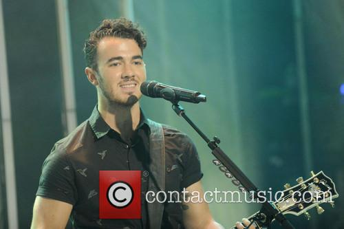 Jonas Brothers on LIVE AT MUCH