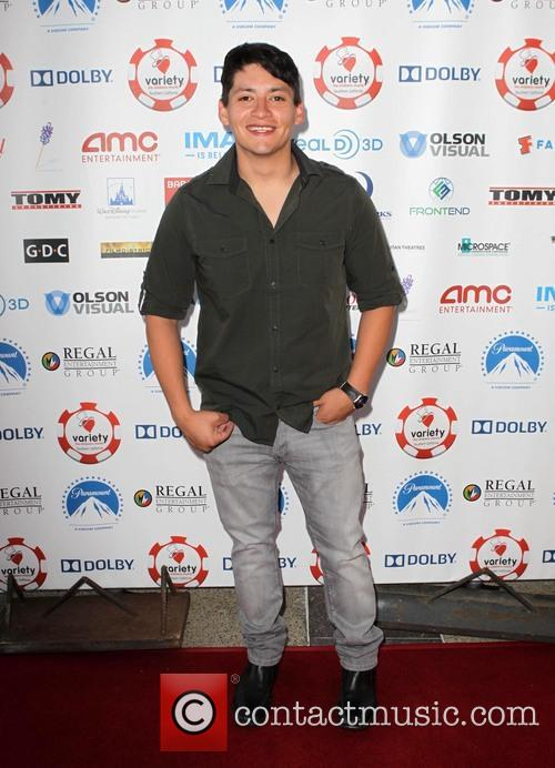 carlos pratts variety hosts the childrens charity 3768762