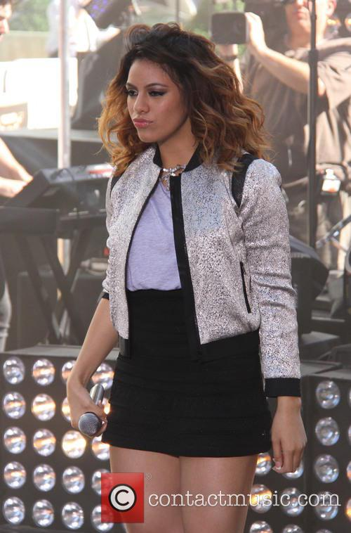 Dinah Jane Hansen and Fifth Harmony 1