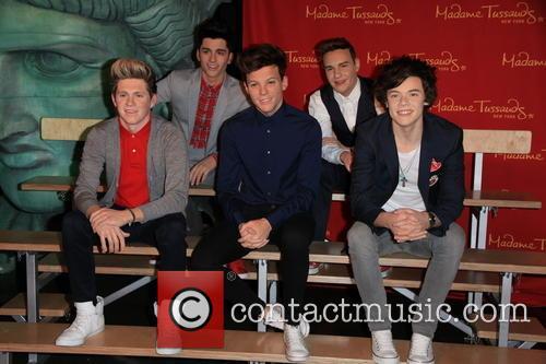 Niall Horan, Louis Tomlinson, Harry Styles, Zayn Malik and Liam Payne 7