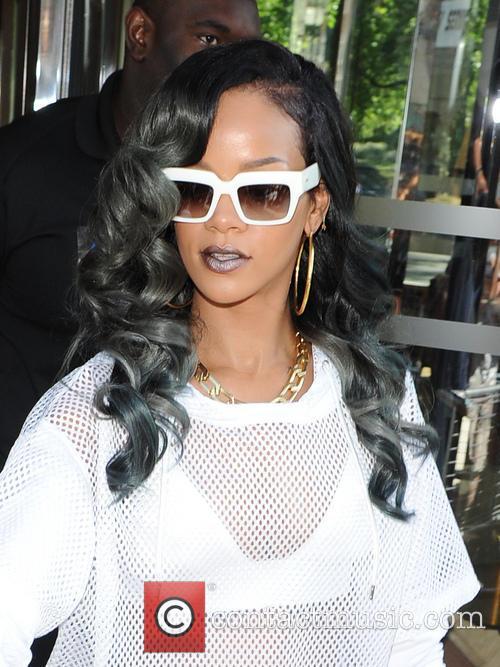 Rihanna, Dorchester Hotel