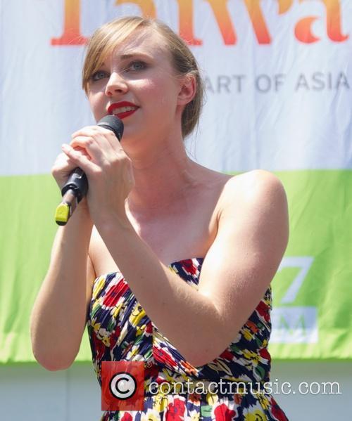 Samantha Hil 2