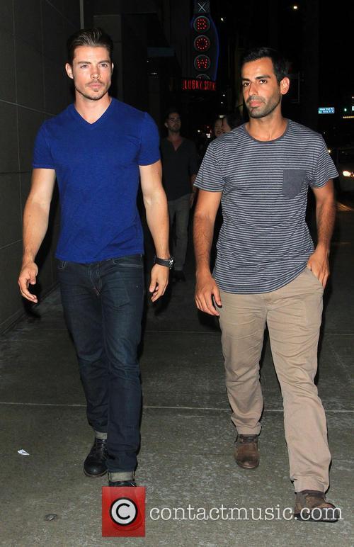 Matt Leinart and Josh Henderson 6