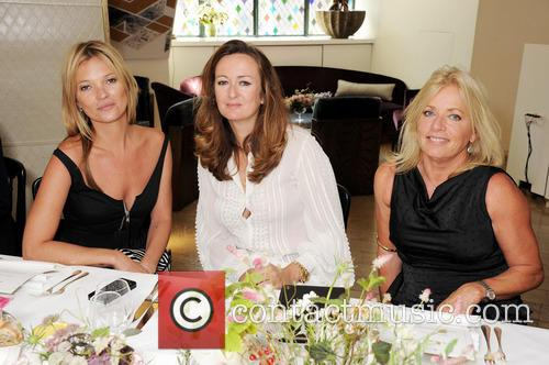 Kate Moss, Lucy Yeomans and Sarah Doukas 9