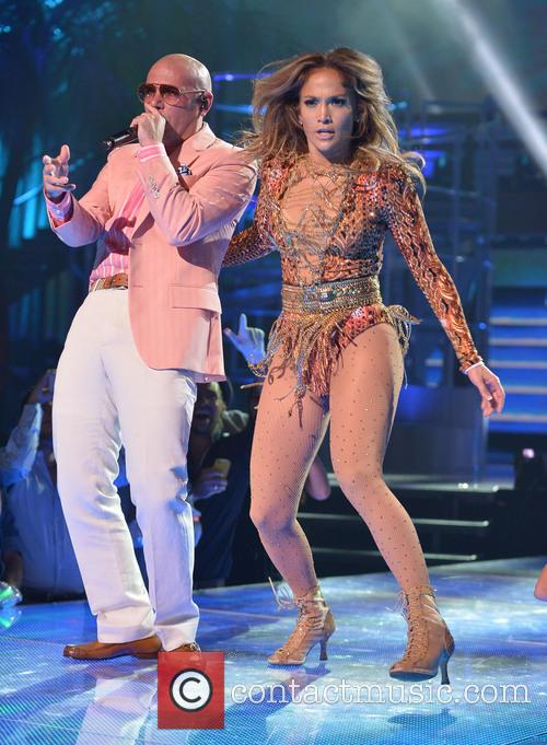 Pitbull and Jennifer Lopez 1