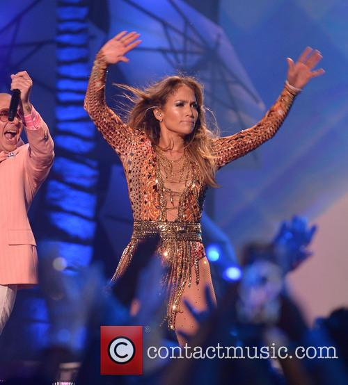 Pitbull and Jennifer Lopez 6