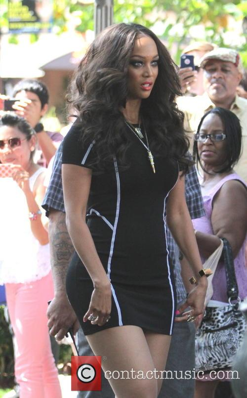 tyra banks celebrities at the grove to 3772009