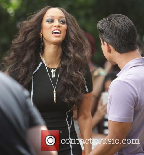 Tyra Banks and Mario Lopez 8