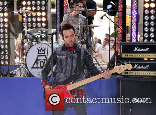 pete wentz fall out boy performing live 3771544