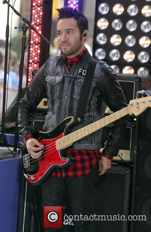 pete wentz fall out boy performing live 3771556