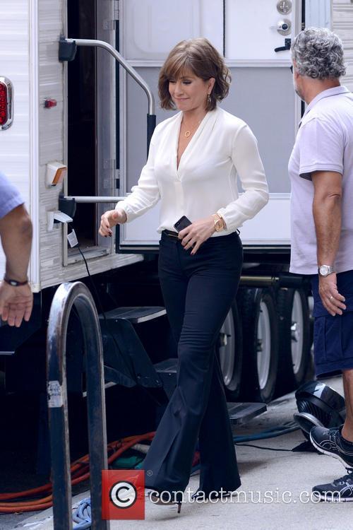 Jennifer Aniston 35