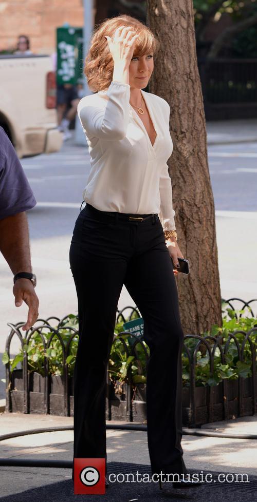 Jennifer Aniston 39