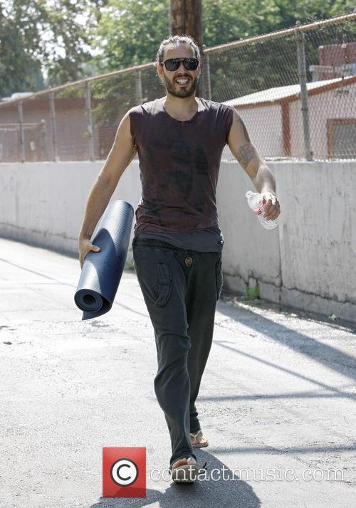 russell brand russell brand leaving yoga class 3771526