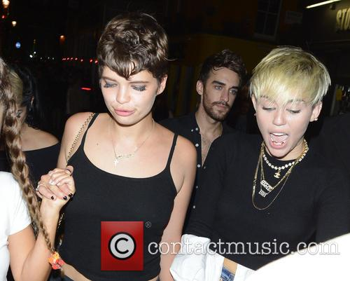 Miley Cyrus and Pixie Geldof 3