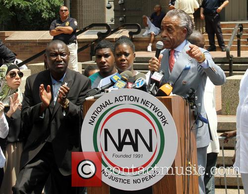 Al Sharpton, Benjamin Crump, Jahvaris Fulton and Sabrina Fulton 6