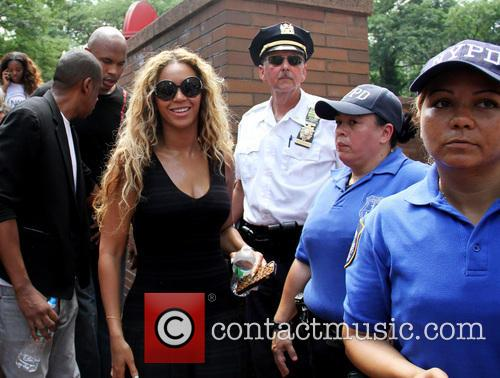 Jay Z and Beyonce 5