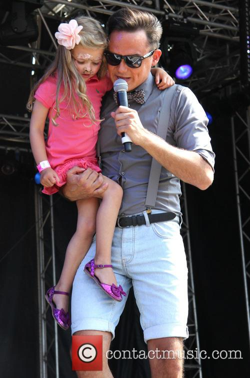 Gareth Gates and Missy Gates 9