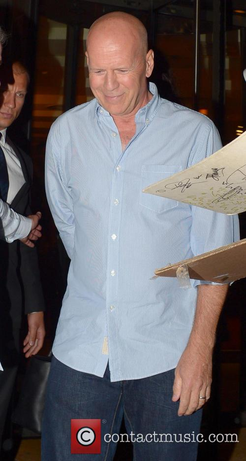 bruce willis celebrities outside c london restaurant 3775370