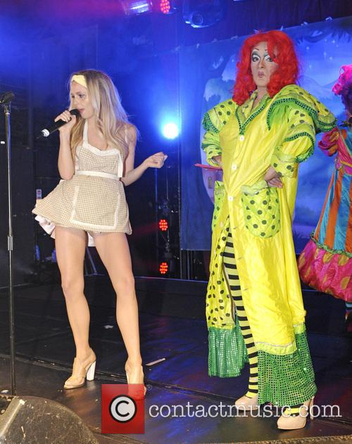 Diana Vickers and Tanya Hyde 1