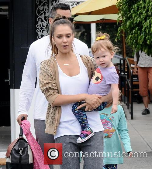 Jessica Alba, Cash Warren, Honor Marie Warren and Haven Garner Warren 1