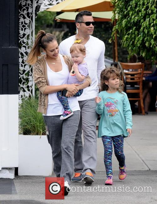 Jessica Alba, Cash Warren, Honor Marie Warren and Haven Garner Warren 3